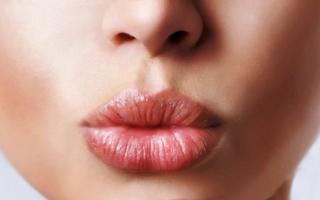 Как увеличить губы в домашних условиях навсегда
