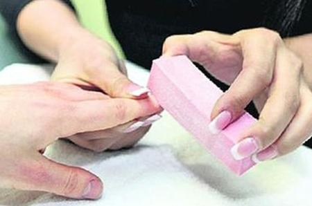 Как втирать затирку на ногти