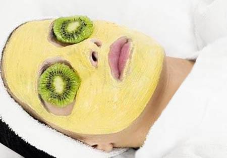 Освежающая маска для лица в домашних условиях для увядающей кожи
