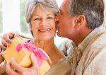 Что подарить женщине на 60 лет, у которой всё есть
