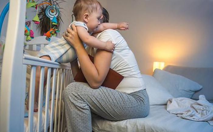Ребёнок плохо спит ночью 1 год, что делать